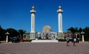 The Mausoleum of Habib Bourguiba - Monastir